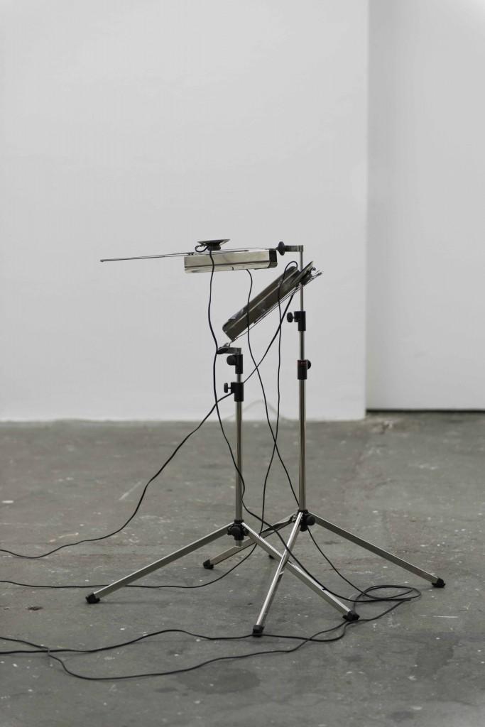 microphones speakers feedback